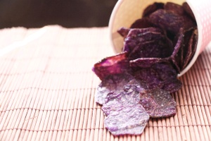 Vitelotte (purple potatoes chips)