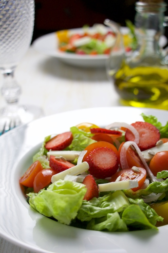 Strawberry and goat cheese salad
