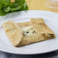 Crepe jambon,gruyere, spinach