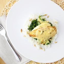 spinach pine nuts bechamel chicken