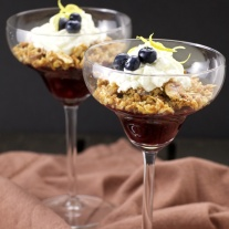 Blueberry crunch with goat cheese mousse