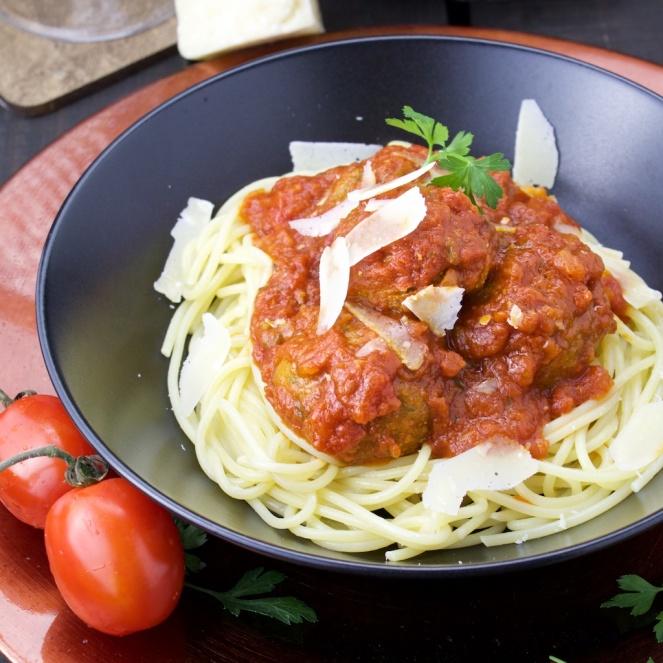 Zucchini meatballs pasta