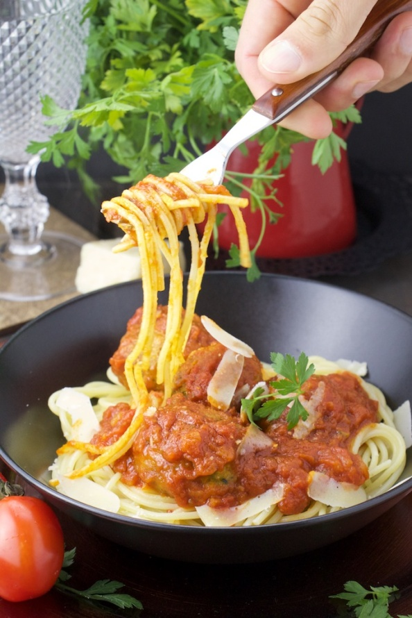 Zucchini vegballs pasta