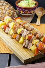 Tandoori chicken-pineapple skewers