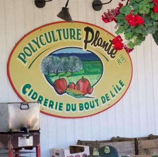 Chez Plante, cooperative