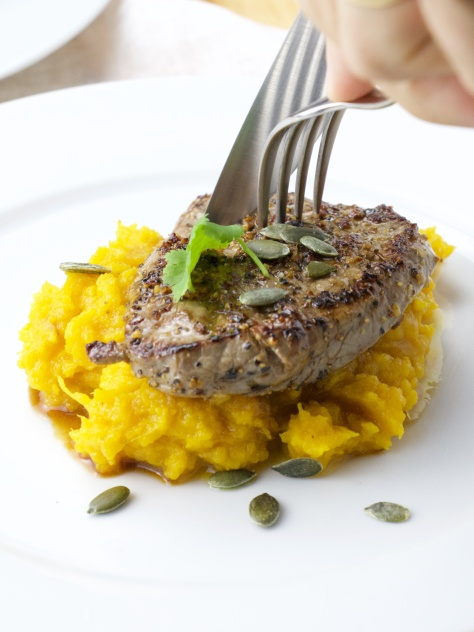 Ponzu steak in a wasabi pumpkin purée