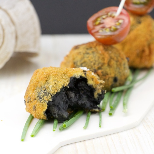 Calamar in its ink croquetas