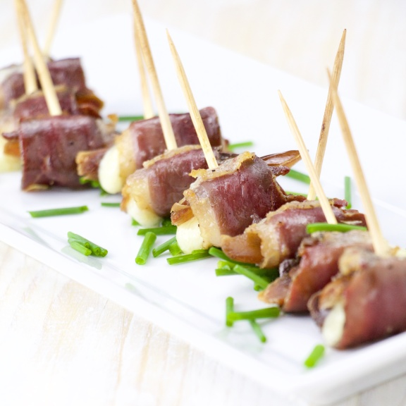 Cured duck, dates and cheddar rolls bites (7).jpg