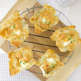Mini artichoke and goat cheese quiches