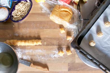 Panellets de pinon y coco