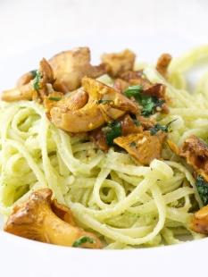Broccoli cream sauce pasta with rovellons mushrooms (3).jpg