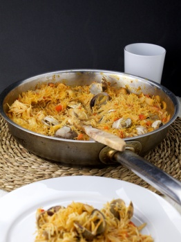 Saffron,Monkfish n clam Fideos