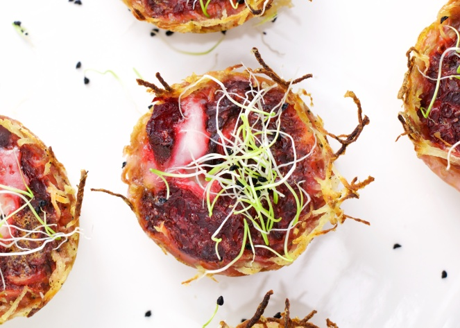 Beetroot and goat cheese mini quiches potato cup